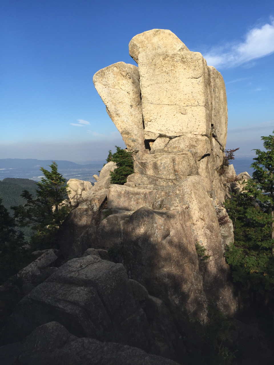 御在所岳の地蔵岩