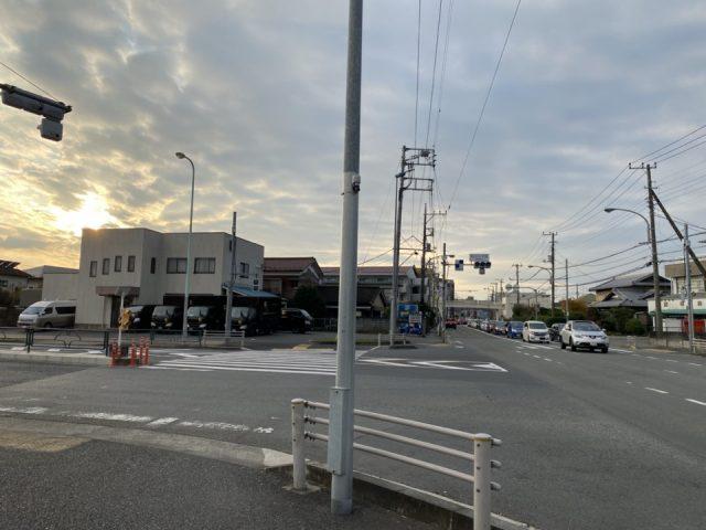矢川三丁目交差点