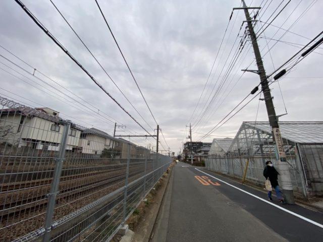 JR南武線脇の道